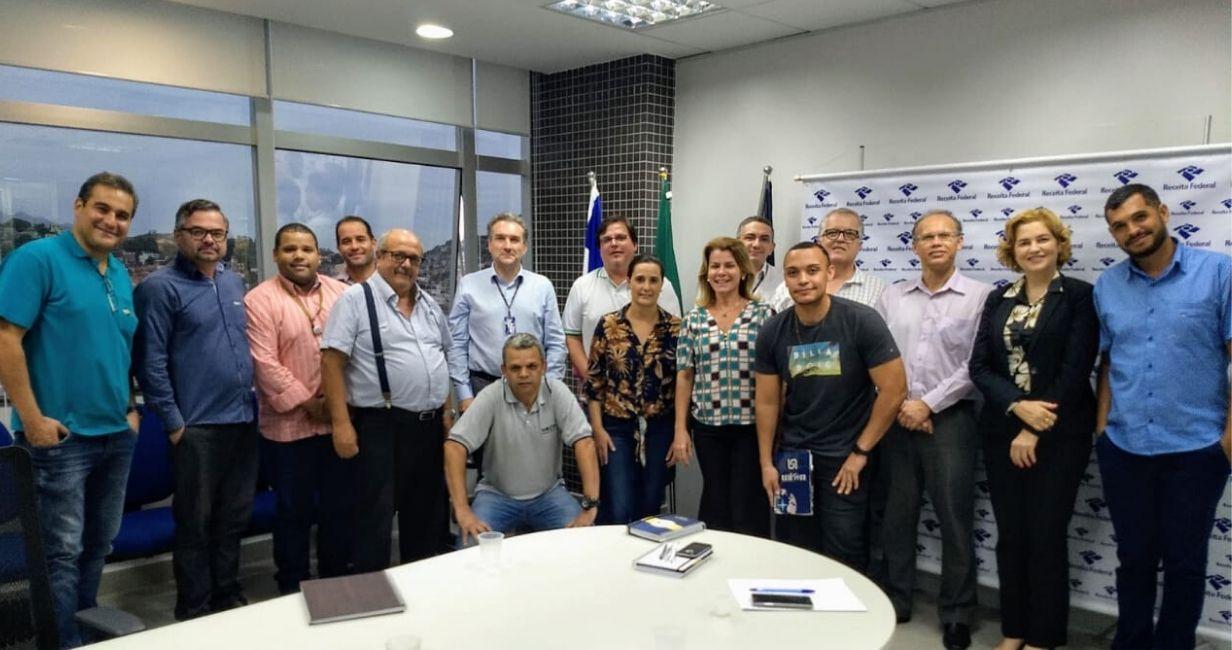 GT Transição da DU-e se reúne com a Alfândega após mudança para nova modalidade de despacho de blocos